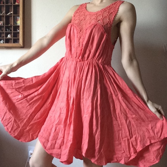 Free People Dresses & Skirts - Free People Salmon Sheen Lace Dress